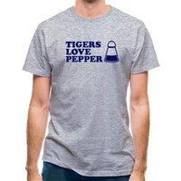 Tigers Love Pepper classic fit.