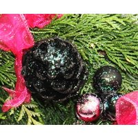 Pink and Black Xmas Wreath