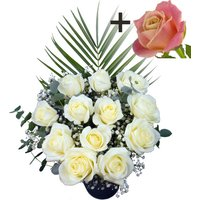 A single Peach Rose surrounded by 11 White Roses