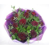 Deluxe Black Roses
