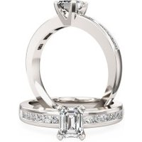An elegant Princess Cut diamond ring with shoulder stones in platinum - Elegant Gifts