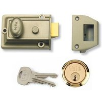 Yale Traditional Front Door Lock