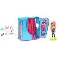 Bratz #Selfiesnaps Photobooth with Cloe Doll - Bratz Gifts
