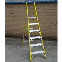 Youngman CATWALK TRADE Fibreglass Platform Step Ladder 6