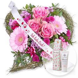 Von Herzen und Schleife: Ich liebe Dich! und Blütenrausch Pfingstrosen-Handcreme Für Dich