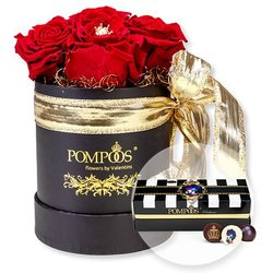 Große Rosen-Box by Harald Glööckler und POMPÖÖS Pralinen