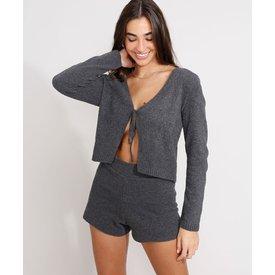 cardigan cropped tricô com amarração decote v chumbo