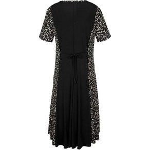 m collection Kleid in schwingender Bahnenform