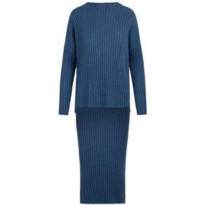 Apart Pullover und Strickrock