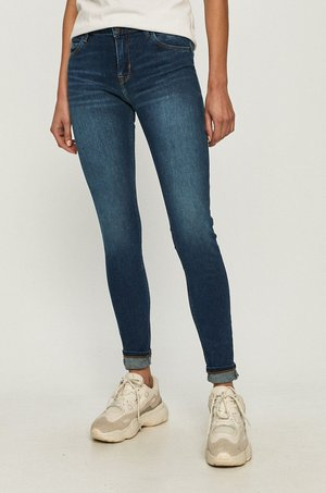 cross jeans Cross Jeans - Jeansy Page