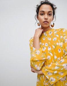 Read more about Vila floral maxi dress - nuggat gold