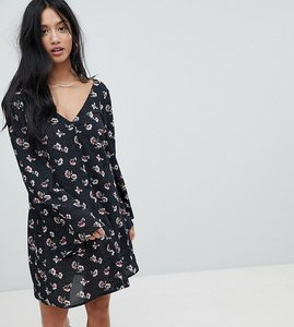 Read more about Glamorous petite smock dress in spot floral - spot floral