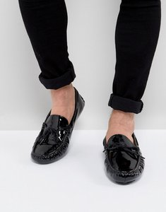 Read more about Asos driving shoes in black patent - black