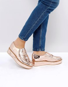 Read more about Asos macaroon flatform lace up shoes - nude metallic