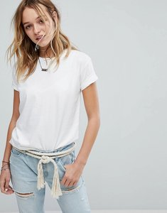 Read more about Hollister boyfriend t-shirt - white