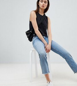 Read more about Asos design tall crop swing vest in black - black