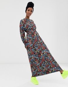 0c9fe9f854 Read more about Asos design ditsy print maxi dress with shirred waist
