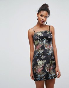 Read more about New look jacquard mini slip dress - black pattern