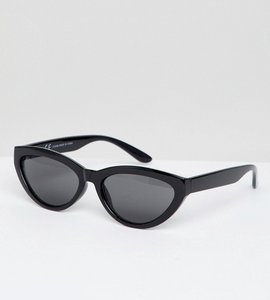 Read more about Weekday oval cateye sunglasses in black - black