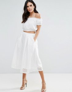 Read more about Liquorish lace box pleat midi skirt - white