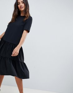 Read more about Asos design tiered smock midi dress - black