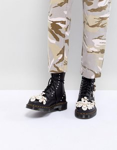 Read more about Dr martens 3d flower lace up boots - black hydro leather