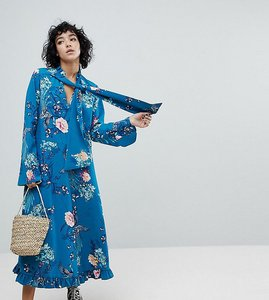 Read more about Reclaimed vintage inspired midiaxi dress with flare sleeve - blue