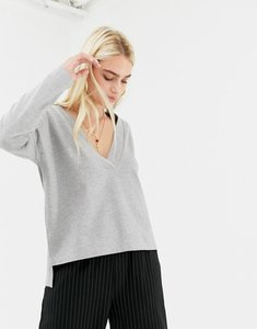 Read more about Noisy may deep v-neck sweatshirt in grey
