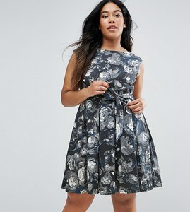 Read more about Closet plus skater dress in artistic floral print - multi