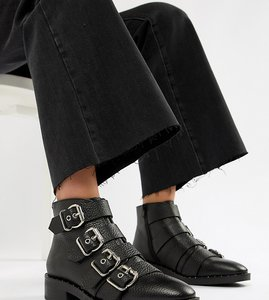 Read more about Asos design avid leather studded ankle boots - tumbled leather