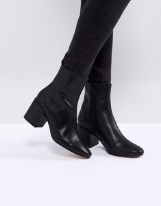Read more about Asos rosana leather block heeled boots - black