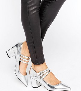 Read more about Asos sabine pointed heels - silver foil met