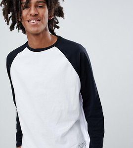 Read more about Pull bear exclusive raglan long sleeve top in white with logo - white