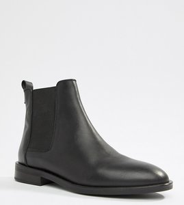 Read more about Asos design aura leather chelsea ankle boots - black leather
