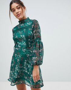 Read more about Missguided floral print long sleeve skater dress - green