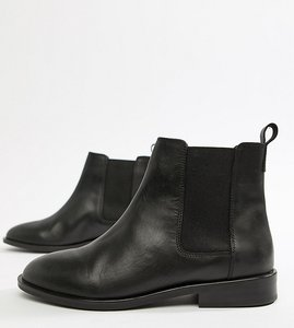 Read more about Asos design wide fit aura leather chelsea ankle boots - black leather