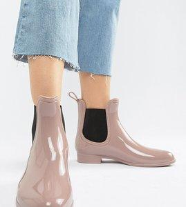 Read more about Park lane chelsea wellington boot - beige