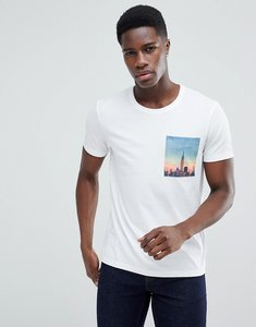 Read more about Esprit t-shirt with city print pocket - 100