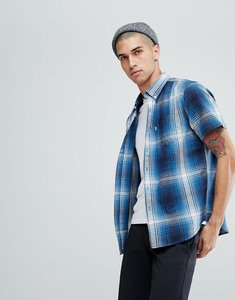 Read more about Levi s short sleeve classic one pocket shirt - blue