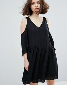 Read more about Monki cold shoulder dress - black