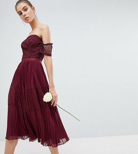 Read more about Asos design tall premium guipure lace panelled midi dress - wine