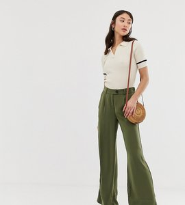 Read more about Vero moda tall wideleg trousers in green