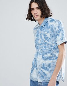 Read more about Levi s acid wash short sleeve shirt - spider bleach