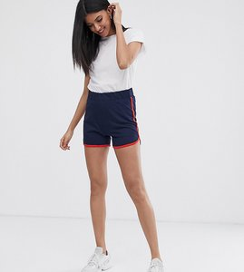 Read more about Noisy may tall sweat shorts