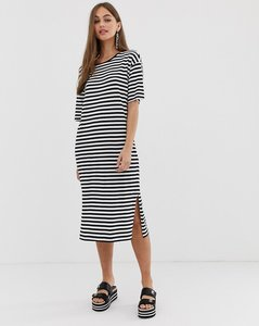 Read more about Noisy may oversized stripe t-shirt dress