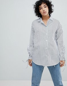 Read more about Stylenanda relaxed oversized shirt with ruched sleeves in stripe - white with grey