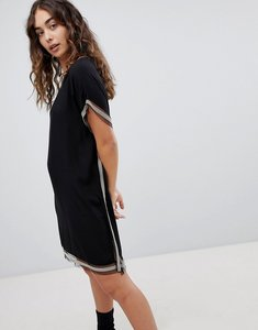 Read more about Qed london shift dress with trim detail - black