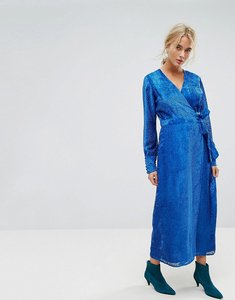Read more about Gestuz velvet printed maxi dress with tied waist - snorkle blue