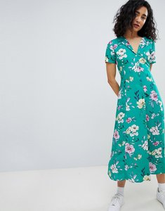 Read more about Bershka floral midi shirt dress in green - green