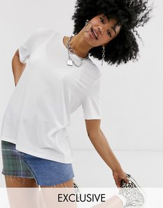 Read more about Noisy may boxy oversized tee